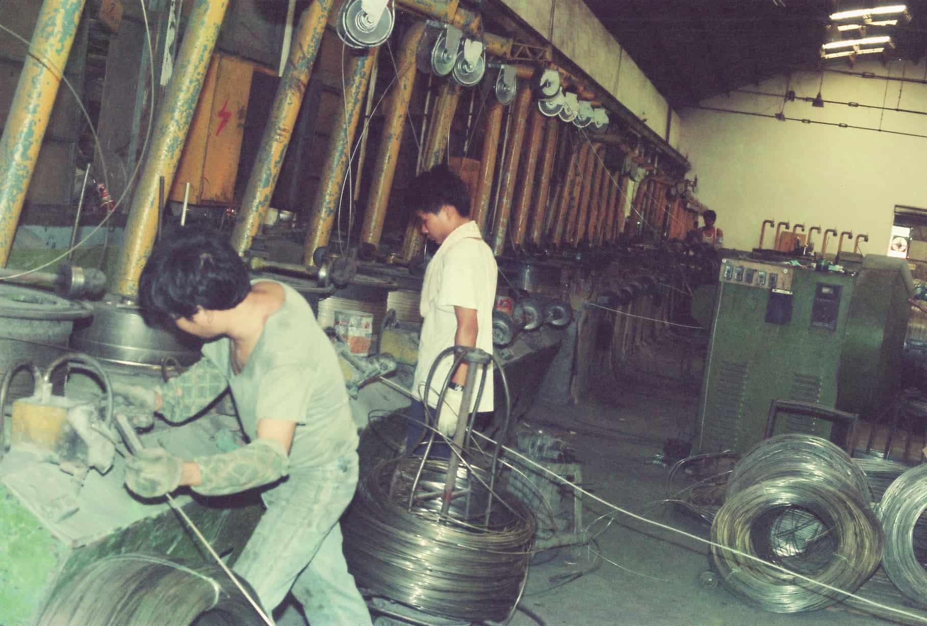 鋼藝美學_瀚龍國際CocoLin的前身:臺灣第一家不鏽鋼廠_正利不銹鋼廠內部 CocoLin stainless chain maille