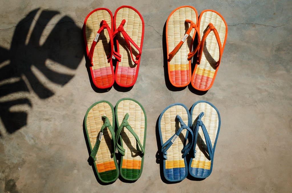 salasusu藺草編織鞋